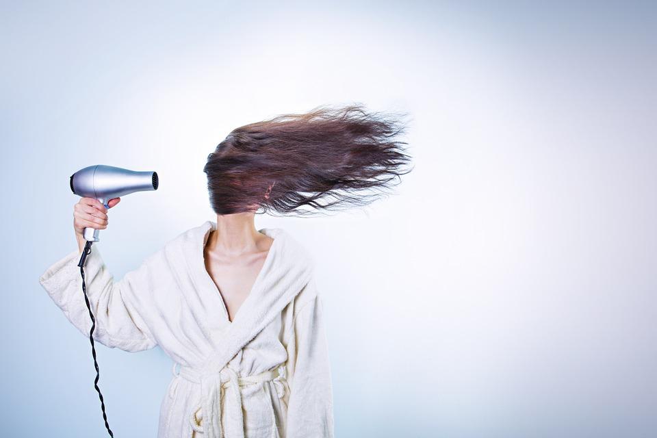 Suche włosy - przyczyny
