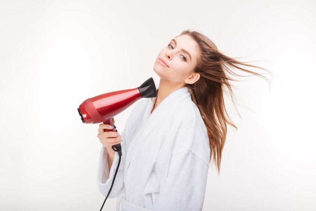 jak wybrać suszarkę do włosów