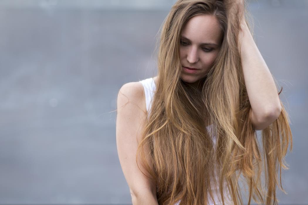 Zapobieganie nadmiernemu wypadaniu włosów