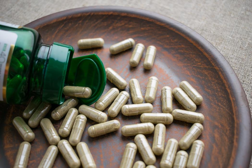 tabletki z palmą sabałową
